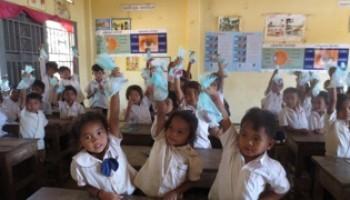 カンボジア小学校