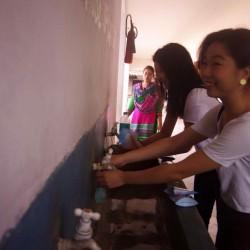 インド(プリーの小学校)