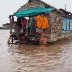 カンボジア_トレサップ湖